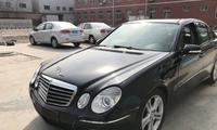 小伙花了8万元买辆E级老奔驰,车主:对于10元以下的国产车没兴趣