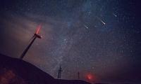 美爆了!四川多地可见双子座流星雨 17日起又有小熊座流星雨来袭
