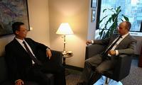 驻多伦多总领事韩涛会见加拿大安大略省政府间事务厅助理副厅长兼礼宾司司长维勒