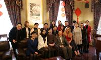 孙大立总领事与曼城领区留学生欢度春节