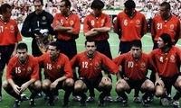 西班牙国家足球队一直很强,聊聊98世界杯和2000年欧洲杯的西班牙